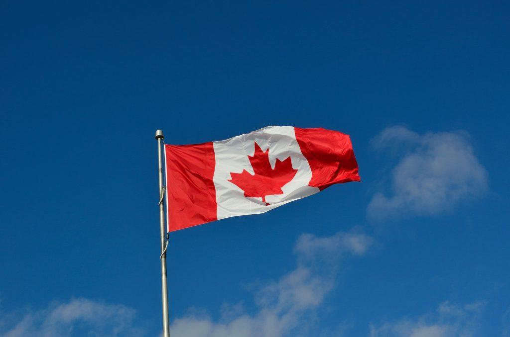 canadian flag 1229484 1920